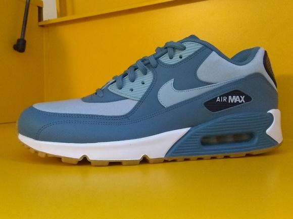 cheap for discount 272ac 08dd8 NEW Nike Air Max 90 Blue Size 10 Men s
